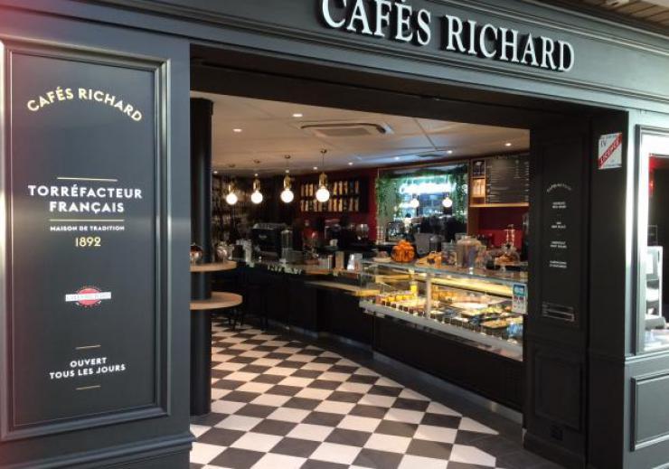 Un 1er Coffee Shop Caf 233 S Richard 224 Rennes Et Un Kiosque