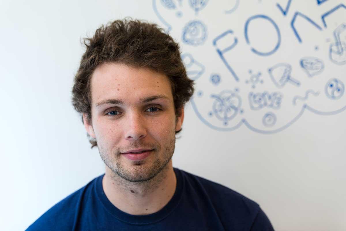Maxime Buhler, cofondateur de Pokawa à propos de son programme de fidélité qui recompensera les ambassadeurs de la marque à la rentrée