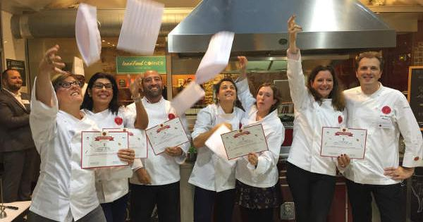 L Atelier Des Chefs Celebre Sa Premiere Promo I Chef Pro Cap Cuisine