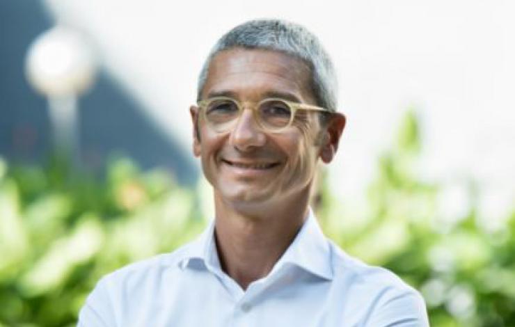 Oscar Vela devient DG d'Areas monde
