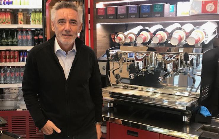 Alto café se sédentarise avant de passer à la franchise. Face@face avec Dominique Thuillier, DG.