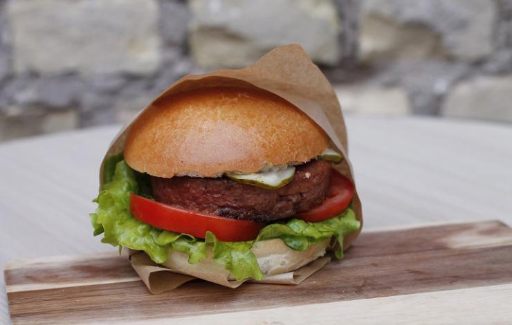 231 East Street fait son virage végétal avec Beyond Burger