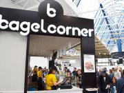 Gares, aéroports, autoroutes, Bagel Corner embarque sur sites de transport !