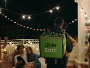 Uber Eats lance la livraison 24h/24 à Paris-Petite couronne et 7j/7