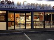 Victor & Compagnie estampillé « local » et Robins des Champs