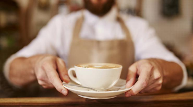 Les cafés français en souffrance, une restauration qui résiste