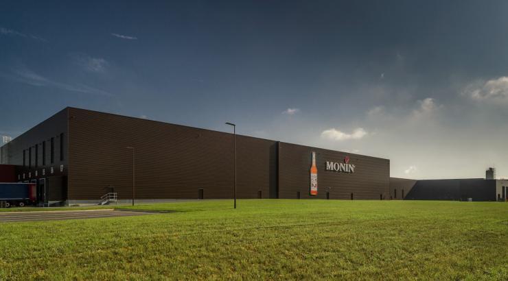 Les sirops Monin inaugurent leur nouvelle usine française