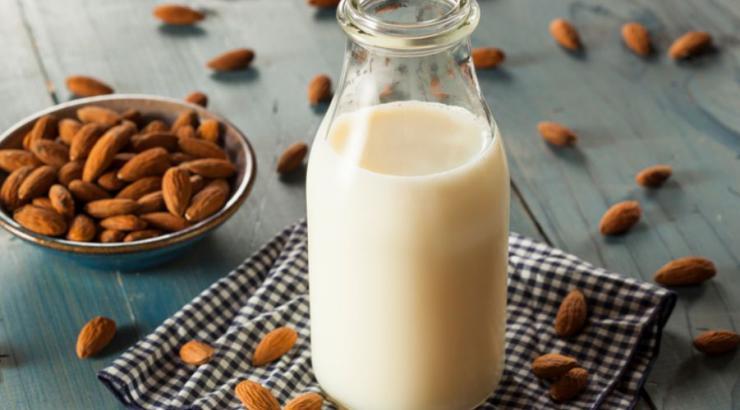 Le lait d'amande plébiscité en foodservice