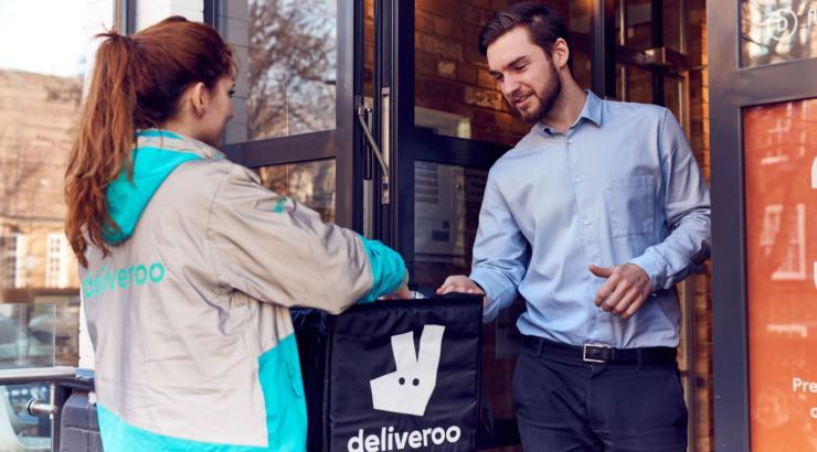 La carte Ticket Restaurant autorisée sur Deliveroo grâce au partenariat avec Edenred