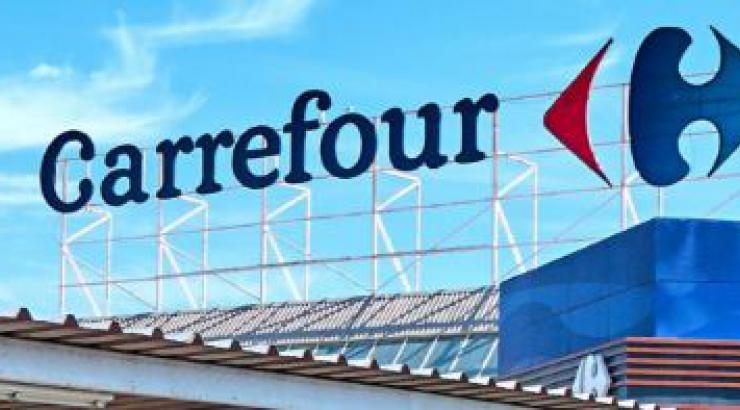 Carrefour Glovo partenariat exclusif pour la livraison de PGC et snacking