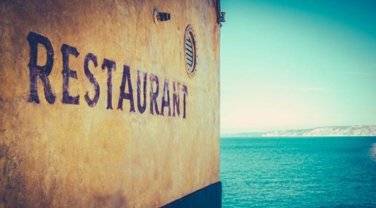 Des mesures renforcées pour les restaurants marseillais et aixois autorisés à rouvrir, rapide comprise