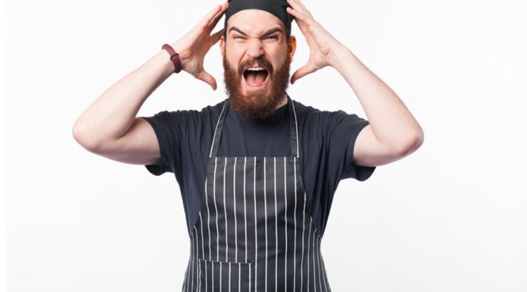 La colère est montée d'un cran chez les cafetiers et restaurateurs après le projet de loi pass sanitaire