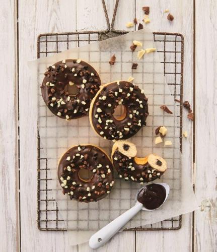Donut fourré Triple Chocolat