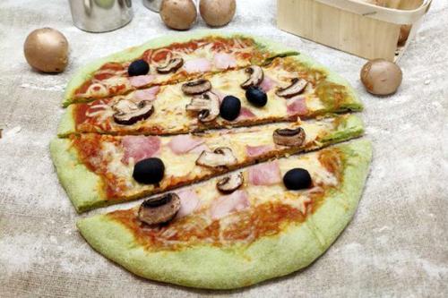 Pâton pizza à l'épinard