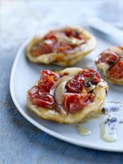 Mini pizzas aux tomates cerises