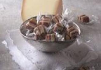 Bonbons de fromage de brebis au foie gras et au magret fumé