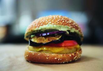 Le Steven Cigale, Burger Theory