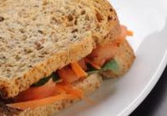 Croque aux légumes au basilic