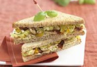 Club Sandwich poulet basilic